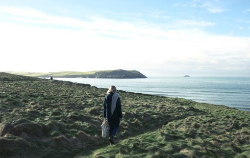 Walk along the South West Coastal Path from Polzeath beach to Daymer Bay