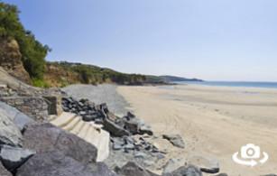 Perranuthnoe Beach