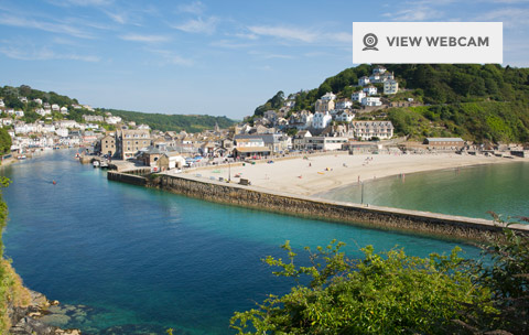 View live webcam of East Looe Beach in South East Cornwall