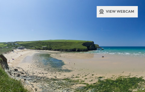 View live webcam of Mawgan Porth beach in Newquay Cornwall