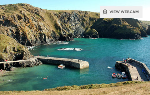 View live webcam of Mullion Cove harbour on the Lizard Peninsula in West Cornwall