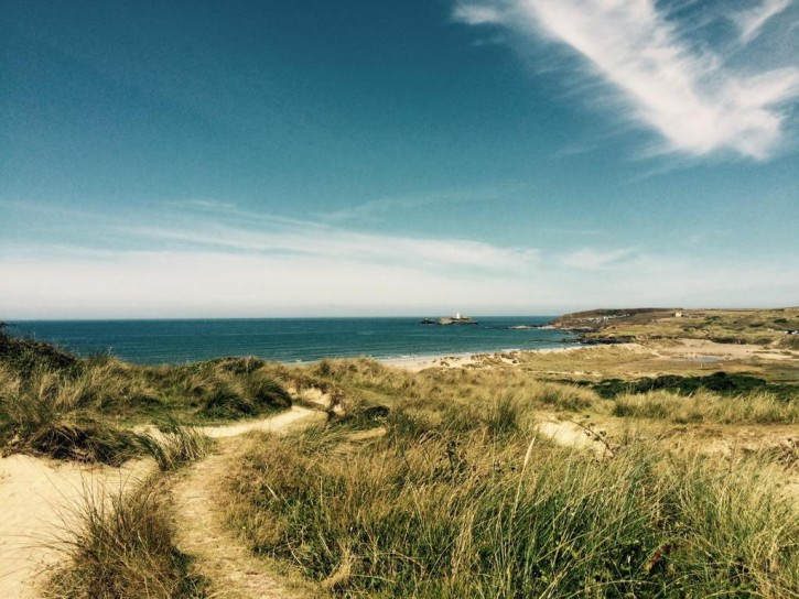 Gwithian beach in Hayle by @welikeideas