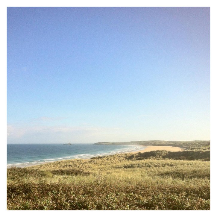 Gwithian beach in Hayle by @mingtangevans