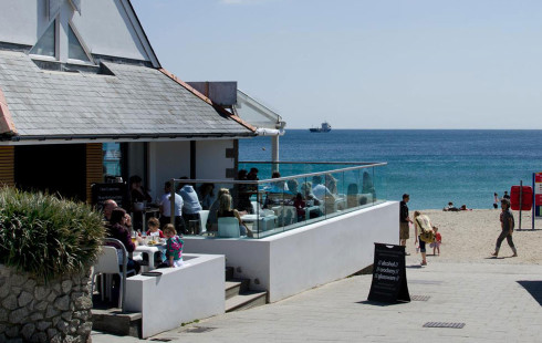 Gylly beach cafe in Falmouth | Beach Cafes in Cornwall