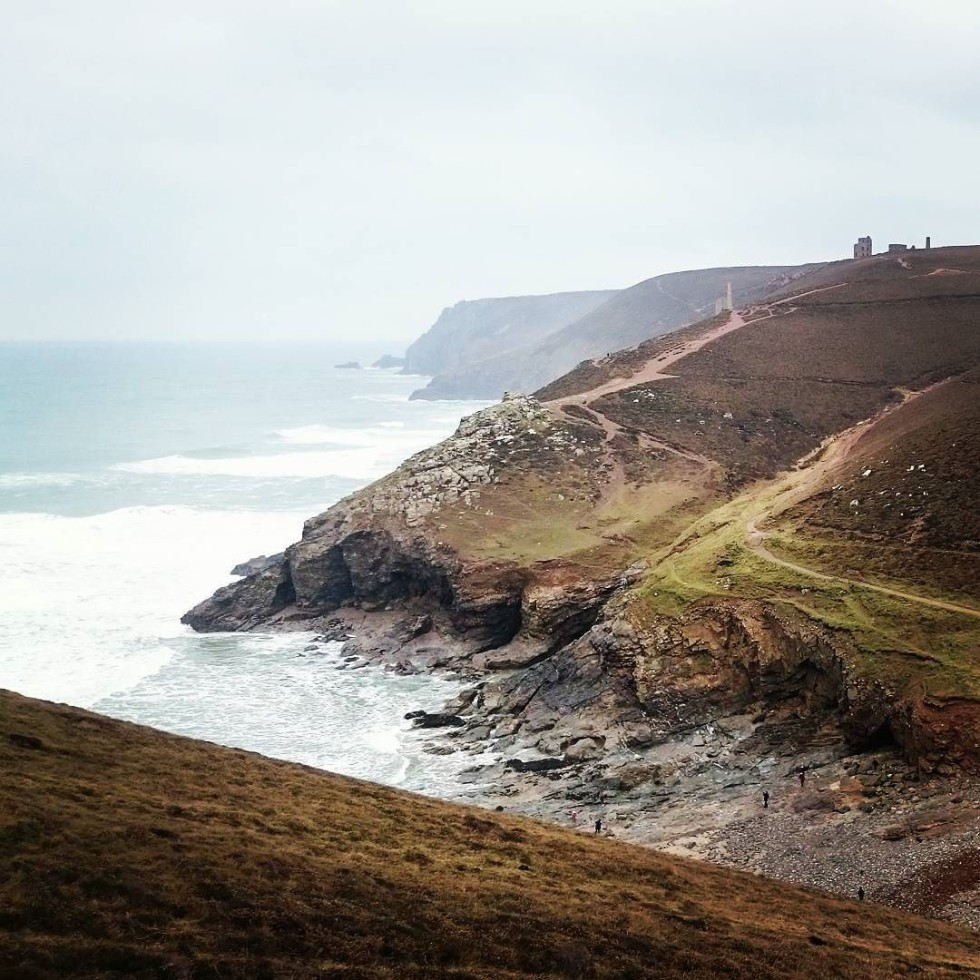Cornwall Photos - Chapel Porth beach in St Agnes by @Geo_C_Scott on Instagramn