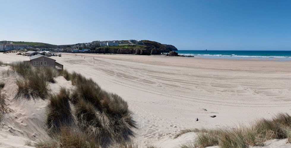 Perranporth dog friendly beach cornwall