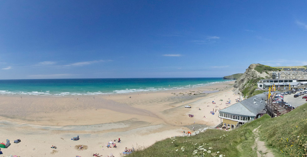 Watergate Bay dog friendly beach in newquay