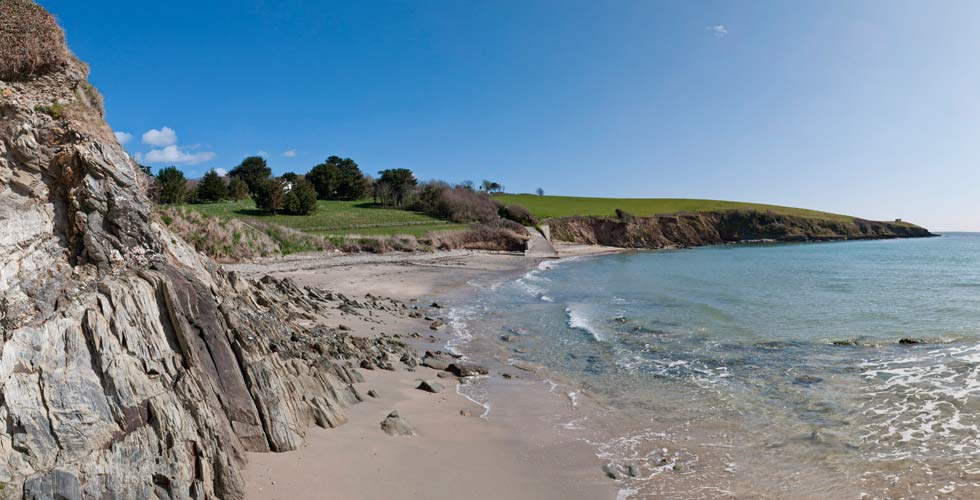porthcurnick-dog-friendly-beach