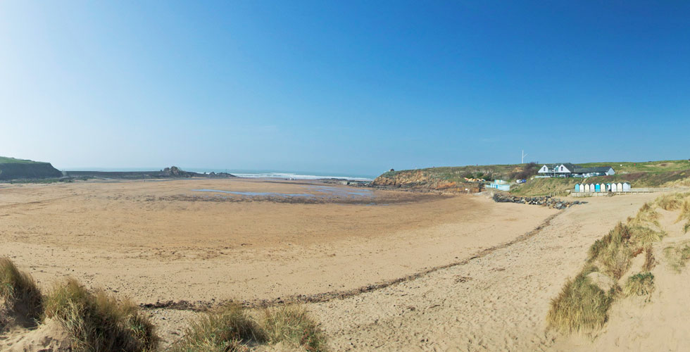 Summerleaze beach in bude is a dog friendly beach in Cornwall
