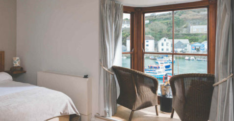 Stay at the Harbour Inn in Porthleven on the Lizard Peninsula in South Cornwall